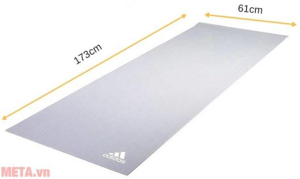 kích thước của thảm yoga